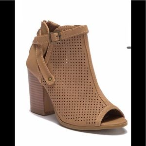 Nice Top Moda Ankle Booties Size 10